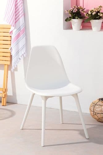 Nordic Garden Chair - White - Pack of 4.