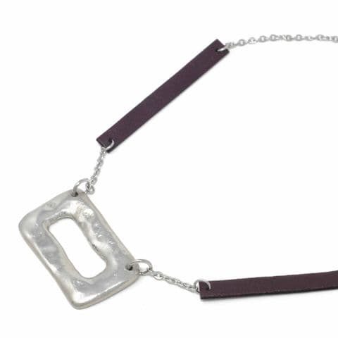Short Ring Feature Necklace with Burgundy Leather Chain Feature
