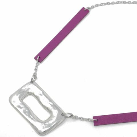 Short Ring Feature Necklace with Grape Leather Chain Feature