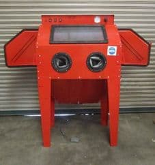 New Style SBC350 Sand Blast Cabinet fitted with 2 Blasting Guns & Dust Extractor in Cream