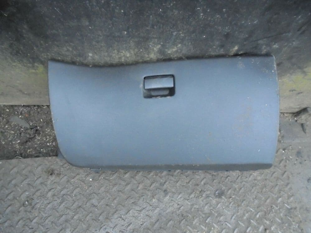citroen c4 grand picasso - glove box