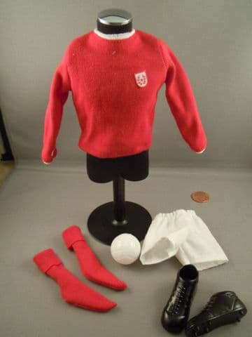 ACTION MAN 40th - RED FOOTBALL KIT - SPORTSMAN SERIES LOOSE