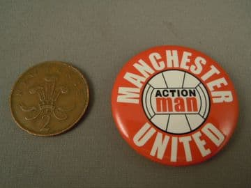 ACTION MAN 40th - SPORTSMAN MANCHESTER UNITED FOOTBALLER BADGE