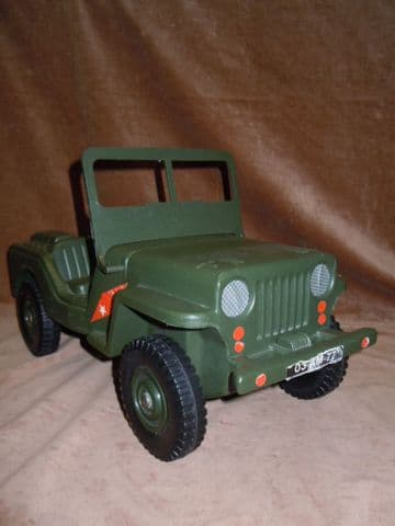 VINTAGE ACTION MAN - JEEP