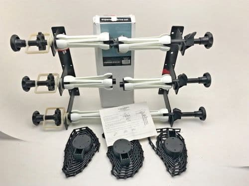 Manfrotto type Calumet triple hook set with 3 colorama paper holder expans along