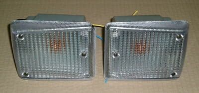 Front indicator units with clear lenses and amber bulbs VW Type 2 72 to 79