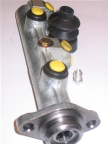 Master cylinder and wheel cylinders