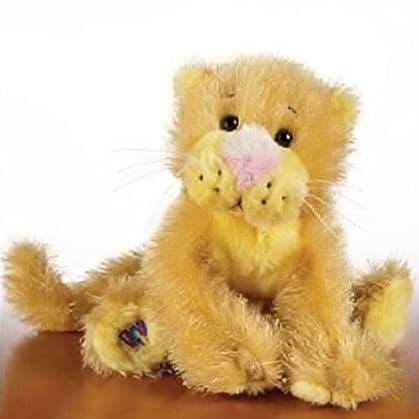 Lioness - Webkinz Lil Kinz Plush Toy