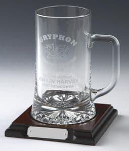 Glass 1 Pint Tankard with Panel on Base